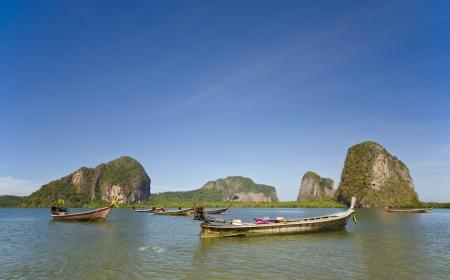 Long Tail Boten bij Pak Meng Pier, Trang Province, Thailand
