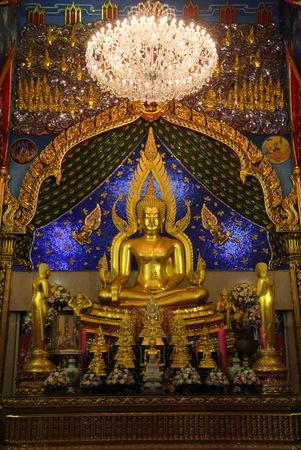 Replica Phra phuttha chinnarat at thai temple