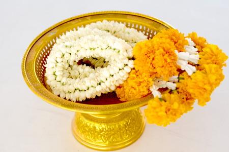 an obeisance: Jasmine garland in phan brazen