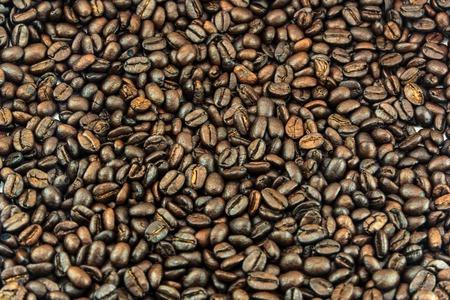 多くのコーヒー豆と背景