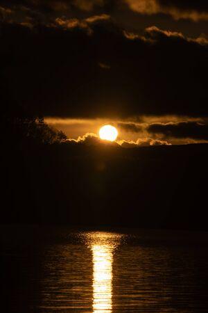 The first sunrise, Mt. Fuji and Lake Shojin Banco de Imagens