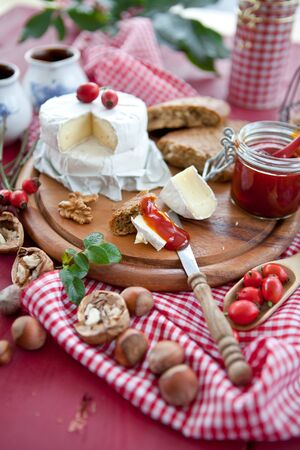 Cheese, bread and rose hip marmalade