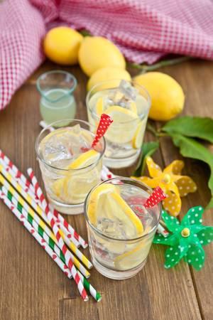 Homemade lemonade Stock Photo - 17796237