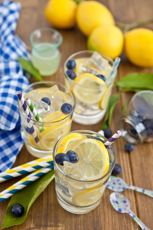 Homemade lemonade Stock Photo - 17796302