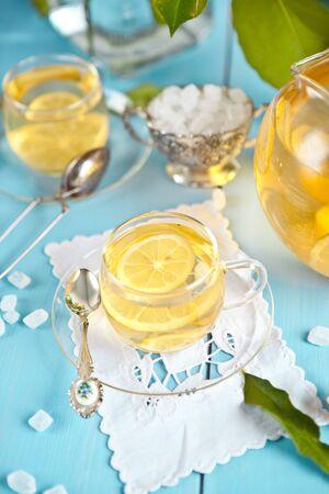 Fresh lemon tea Stock Photo - 17796294