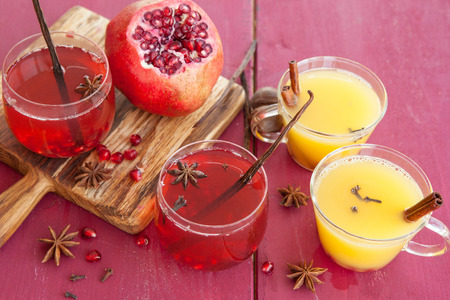 punch spice: Mulled wine with winter spices and fresh pomegranate