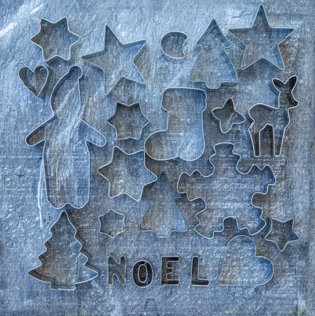 cookie cutters: Rustic christmas background with vintage cookie cutters