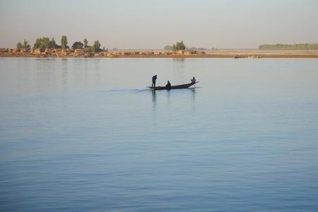 Mopti - Mali의 강 니제르에서 낭만적 인 분위기.