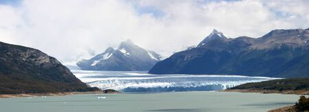 perito: Glacier perito moreno in Argentina (patagonia)