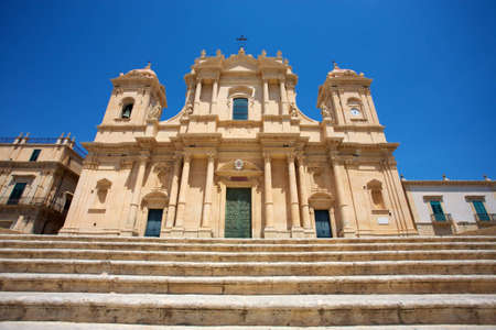 catholic church: Baroque church San Francesco in Noto, Sicily