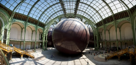 interpretations: Anish Kapoor: Leviathan, Monumenta 2011, Grand Palais in Paris. Leviathan', was inspired by the 17th century philosopher Thomas Hobbes's idea of the state as an unwieldy, inchoate monster, he has advised against over-literal interpretations.
