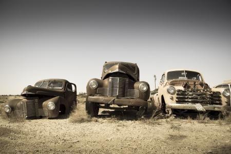 coche antiguo: Abandonado de coches de �poca en el Utah, foto estilo vintage