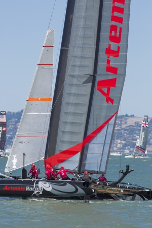 overtake: SAN FRANCISCO, CA - AUGUST 26: British team and the American team try to overtake the Swedish team in the bay of San Francisco during the final of the Americas Cup 2012.