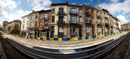 brasserie restaurant: Rue de la Brasserie, au cours des travaux de restauration de la ligne de tramway � Ixelles, Bruxelles �ditoriale