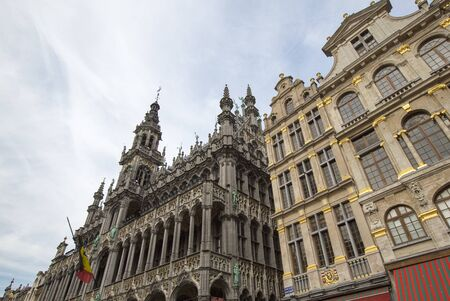 guildhalls: Classical architecture on the Grand Place or Grote-Markt is the central square of Brussels. It is surrounded by opulent guildhalls and two larger edifices, the the citys Town Hall, and the Bread house building containing the Museum of the City of Brussel