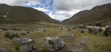 ecosistema: Vista de los páramos, la montaña cerca de Mérida. ecosistema único que se encuentra en los Andes de Venezuela, Colombia, Ecuador y Perú