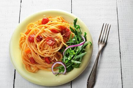 marinara: Spaghetti marinara pasta salad with arugula