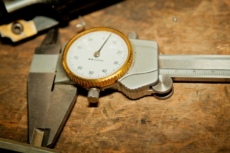 A high precision measurement tool in a mechanics plant  Focus on the dial