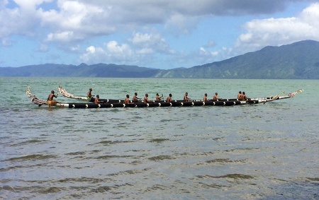 Traditionele kano's in Alotau, Milne Bay, Papoea-Nieuw-Guinea. Stockfoto