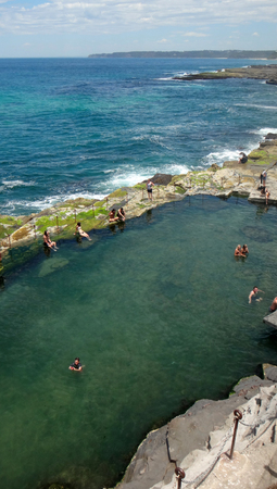 Bogey 구멍, 뉴캐슬, 뉴 사우스 웨일즈 주 오스트레일리아. Commandant 's Baths라고도 알려진이 건물은 뉴캐슬 대령 제임스 토마스 모리셋 (James Thomas Mo