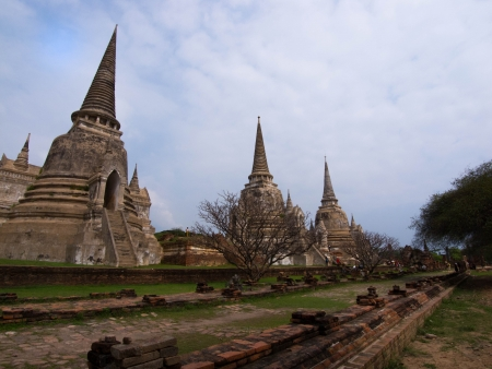 The ancient temple with no priest   It is the prototype of the Emerald Buddha