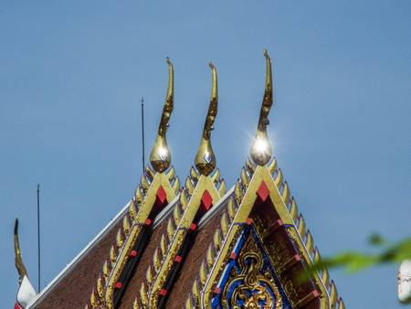 glistening: Gable and glistening Chaufahs in the sky
