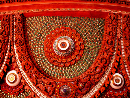 workmanship: The artwork of stucco with Thai design decorated with chinawares.
