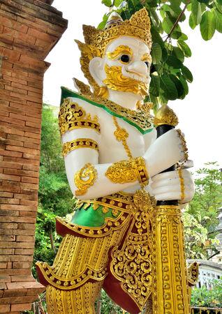 lanna: giant sculpture lanna