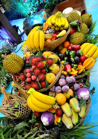 lifelike: fruits thai