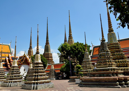 wat pho: group pagoda wat pho in Thailand