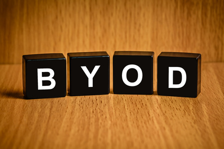 black block: BYOD o Traiga su propio texto dispositivo en bloque negro Foto de archivo
