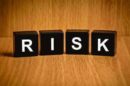 black block: texto de riesgos en el bloque negro
