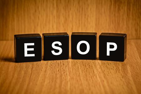 black block: Texto ESOP o empleado del programa de opciones sobre acciones en el bloque negro