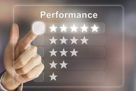 performances de clic de main d'affaires sur l'interface de l'écran virtuel Banque d'images