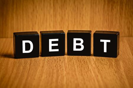 black block: interés texto Deuda financiera en el bloque negro