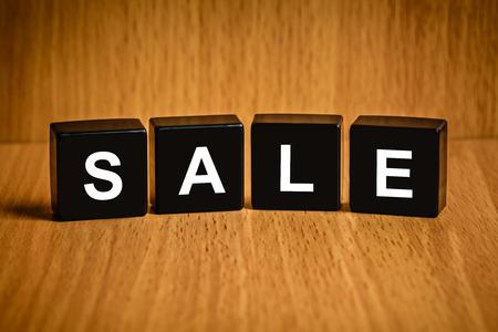 black block: la venta de texto en el bloque negro