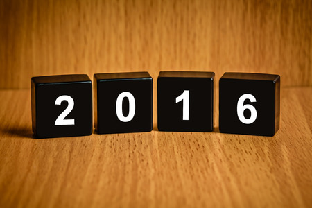 black block: 2016 Feliz año nuevo texto en el bloque negro