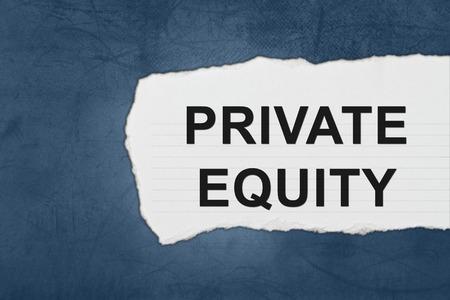equidad: de capital privado con blanco papel se rompe en la textura de color azul Foto de archivo
