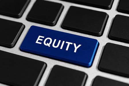 equidad: botón de la equidad en el teclado, concepto de negocio Foto de archivo