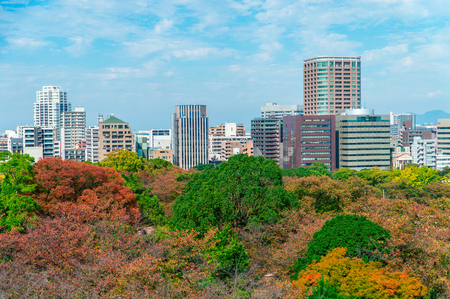 Stunnning view from Maizuru park of Fukuoka city in autumn season Foto de archivo