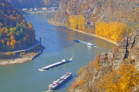 road autumnal: The Rhine at the Loreley in Germany                        Stock Photo
