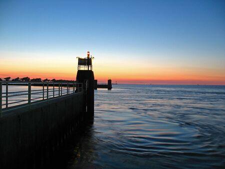 estuary: Position lights