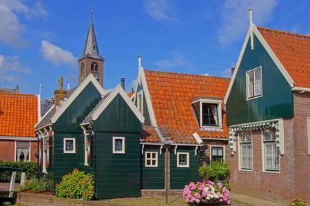 clinker: Village idyll in Volendam, in the Netherlands