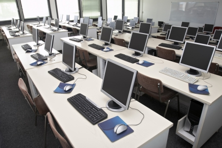 it technology: interior of classroom with computers Stock Photo