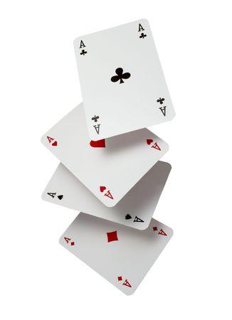 jeu de cartes: proche de chute jouer cartes de jeu de poker sur fond blanc  Banque d'images