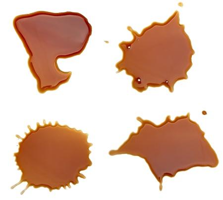 pintura derramada: colecci�n de caf� manchas sobre fondo blanco. cada uno recibe un disparo por separado Foto de archivo