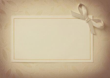 envelope decoration: detalle de una tarjeta de felicitaci�n con decoraci�n