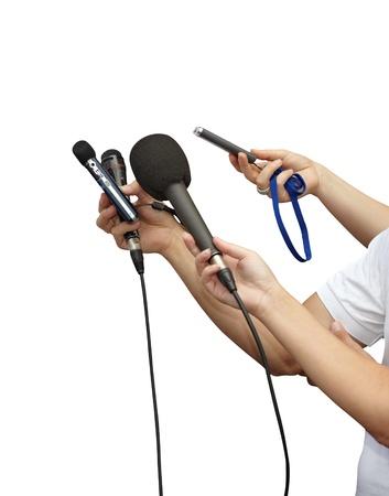 reportero: cerca de empresario y micrófonos de reunión de la Conferencia