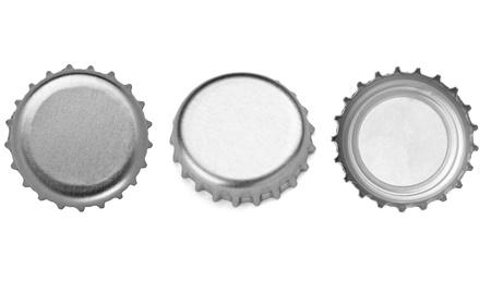 gorro: colección de tapas de botellas diferentes en el fondo blanco. cada uno de ellos recibe un disparo por separado