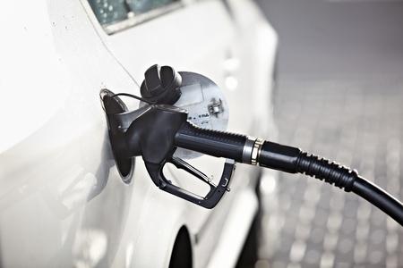 pompe: Close up di un distributore di benzina